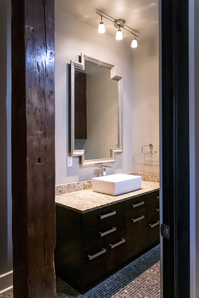loft 2e bathroom